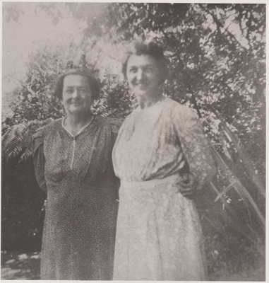 Rennie Wiseman and Elsie Bell; c1920; 2018.431.01