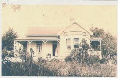 Leased Presbyterian Manse on Ridge Road 1915; 1915; 2018.263.52
