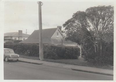 Smallman's cottage; La Roche, Alan; 1973; 2018.089.34