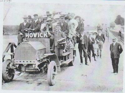 Motor bus in Howick; Fairfield, Geoff; c1930; 2017.419.26
