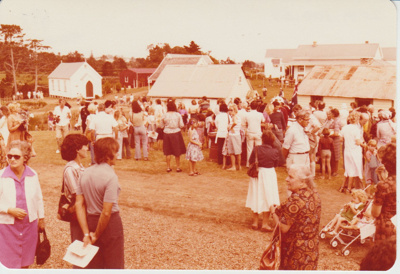 crowds at the opening of Howick Historical Village; 8/03/1980; 2019.100.58