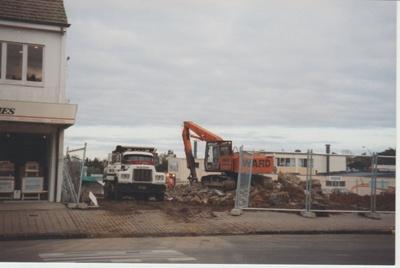 Demolition of the Monterey Picture Theatre; La Roche, Alan; 22/07/1998; 2016.215.47
