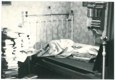 Bedroom at Hawthorndene; La Roche, Alan; 1992; 2016.300.06