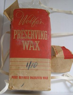 Preserving Wax & Box; MBE & Russel, 28 Hauraki St Birkenhead; 1930-1960; O2015.49