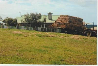 The Hattaway farm homestead; La Roche, Alan; 1/01/2011; 2018.156.19