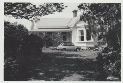 Prospect Hill on Ridge Road.; La Roche, Alan; 1/11/1973; 2017.612.25