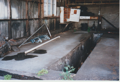 Former Howick Bus Company depot; La Roche, Alan; 1/10/2001; 2017.492.11