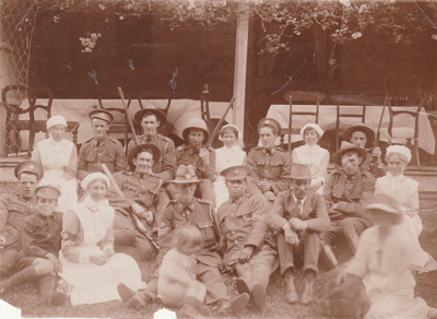 Wills McLaughlin entertaining First World War soldiers at Puhi Nui, the McLaughlin Homestead, in Wiri.; P2020.06.01