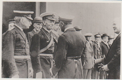 Colonel Arthur Morrow meeting Viscount Jellicoe; 2018.394.06