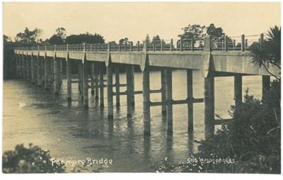 2nd Panmure Bridge; Wilson, W T; 2017.280.13
