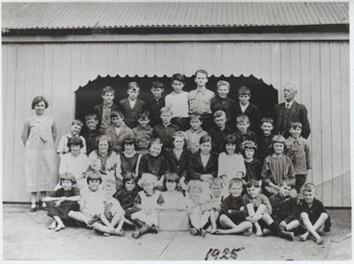Pakuranga School pupils 1925; 1925; 2019.020.01