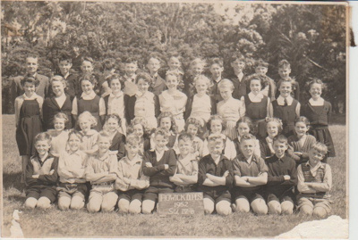 Howick District High School Pupils, Std IVB 1952.; Sloan, Ralph S, Auckland; 1952; 2019.072.44