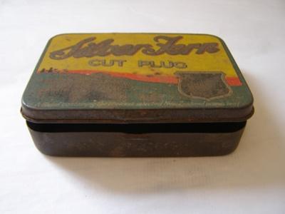 Tobacco Tin; Dominion Tobacco LTD; 2011.14.1