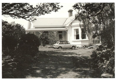 An old house, Ridge Road, Howick. Photo taken 1973...