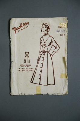 Fashion Dress Pattern; 2004/0111