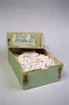 Box; 2004/0598