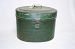 Hat box; 2004/0338