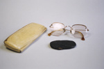 Spectacle case; 2004/0389/1