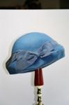 Hat; 2004/0061