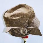 Hat, 2004/0020