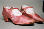 Shoe; 2004/0232