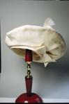 Hat; 2004/0067