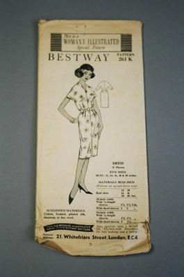 Bestway Dress Pattern; 2004/0106