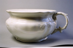 Chamber pot; Johnson Bros; 2004/0571