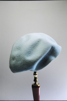 Hat, Beret; 2004/0062