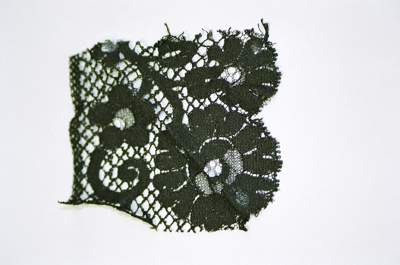 Lace fragment; 2004/0644