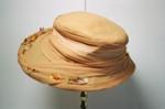 Hat; 2004/0051