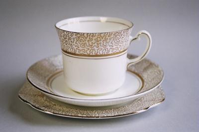 Tea cup; Colclough; 2004/0720
