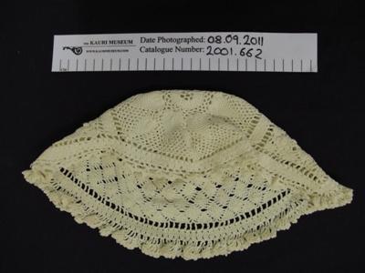 Crochet hat; Unknown; Unknown; 2001_662