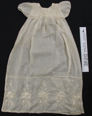 Christening gown WW1; Mary Garmson; c.1914-1950; 2001_702