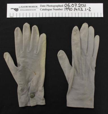 Gloves; Unknown; Unknown; 1990_1403_1-2
