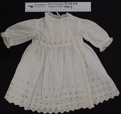 Baby dress; Unknown; Unknown; 1990_5
