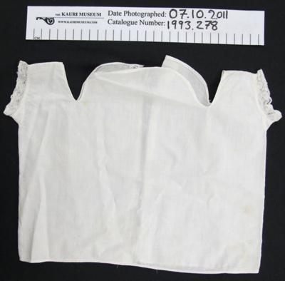 Babies vest; Unknown; Unknown; 1993_278