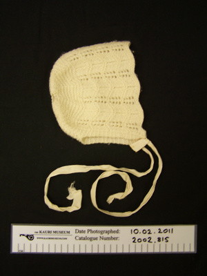 Baby bonnet; Unknown; Unknown; 2002_815