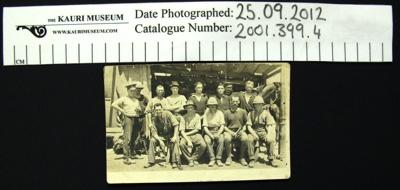 Postcard, soldiers; 2001_399_4
