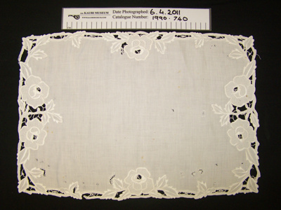 Tray cloth; Unknown; Unknown; 1990_740