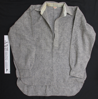 Woollen work shirt; Roslyn; mid 20th century; 2011_96_3