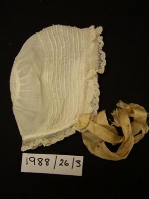 Baby bonnet; Unknown; 1911; 1988_26_3