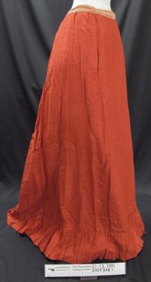 Ladies red skirt; Unknown; Unknown; 2007_368_1