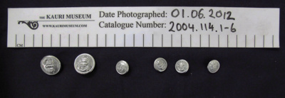 Collection of buttons; unknown; 2004_114_1-6