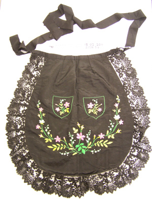 Apron; Unknown; Unknown; 2006_316_1