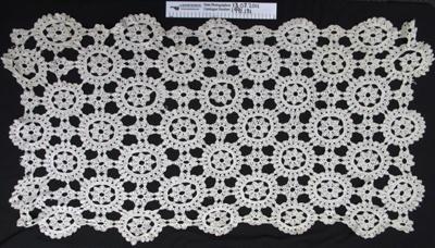 Crochet runner; Unknown; Unknown; 1991_131