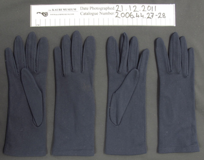 Ladies gloves; Chancellor; mid 20th Century; 2006_44_27-28