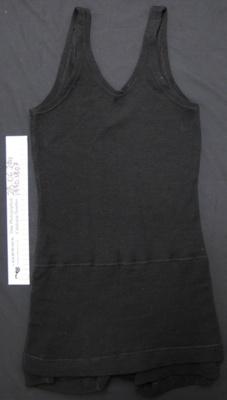 Woollen swimsuit; Roslyn; c.1920-30; 1990_1307