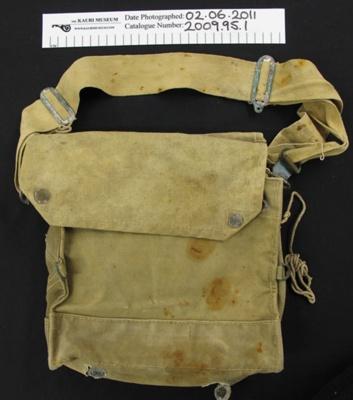 Kit bag WW2; W & G Ltd. (Waring and Gilbow Ltd.); 1942; 2009_95_1