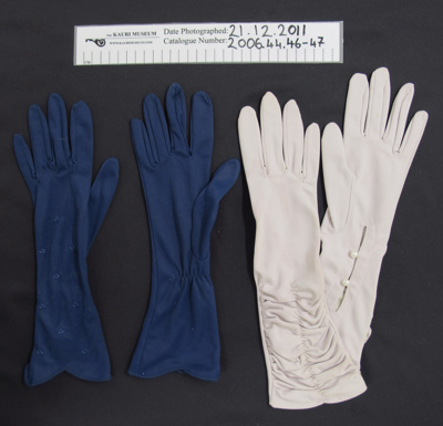 Ladies gloves; Chancellor; mid 20th Century; 2006_44_46-47